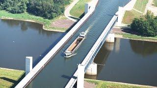 Водный мост, пересекающий Эльбу.(, 2015-05-11T09:14:15.000Z)