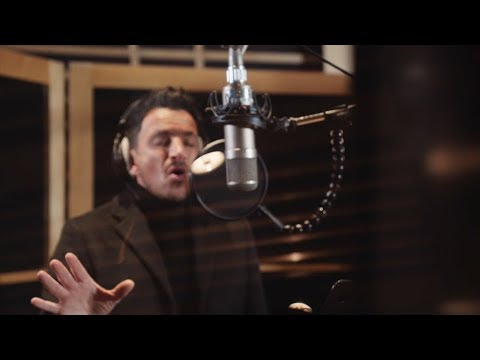 Homeless Worldwide - He Ain't Heavy, He's My Brother (ft. Peter Andre, Lee Ryan & more..)