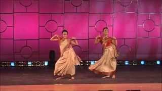 Dola Re - Amritha & Anjana