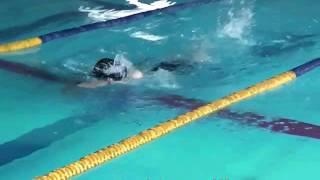 下手なクロールです。今後練習してうまく泳げるようになりたいです。