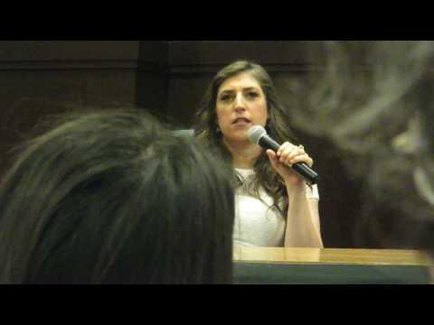 """Amy (Mayim Bialik) from """"The Big Bang Theory"""" Q&A"""