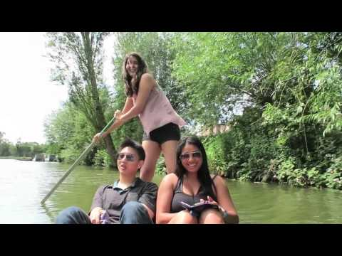 Punting Rescue Mission in Oxford