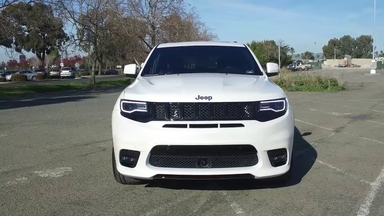 Unboxing 2017 Jeep Grand Cherokee Srt The Suv Hot Rod That Makes Germany Jealous