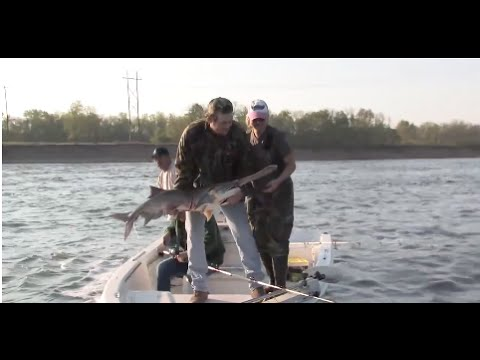 Paddle fishing with Blake and Miranda