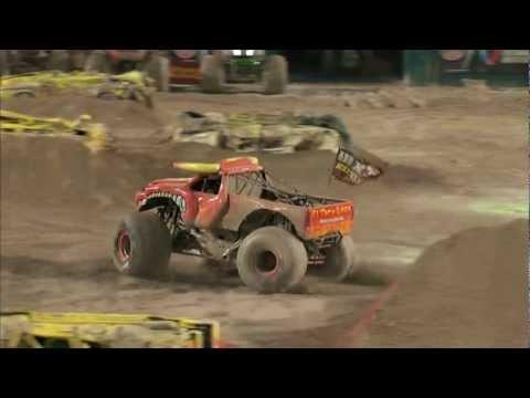 Download Youtube: Monster Jam - El Toro Loco Full Freestyle Run from Sun Life Stadium in Miami, FL - 2012