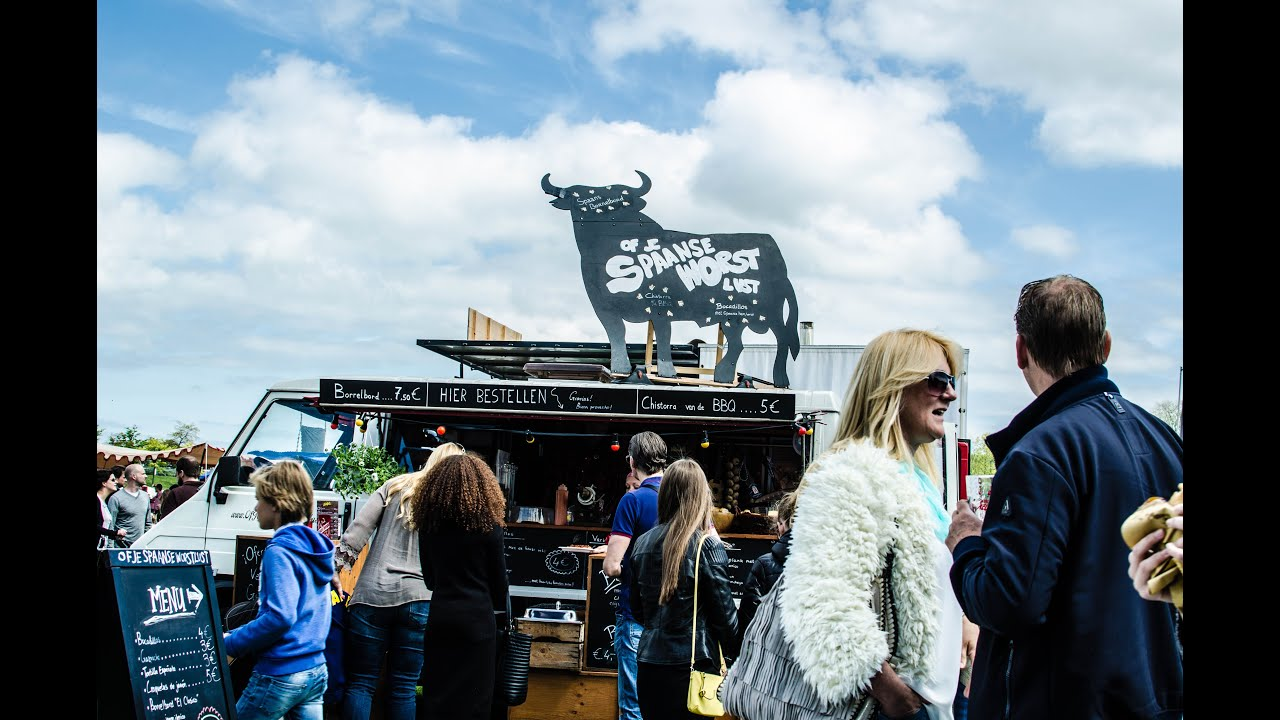 Amsterdams awesome food truck festival: rolling kitchens rollende
