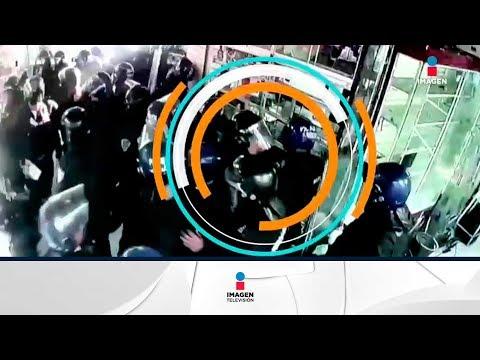 Video revela cómo policías roban celulares en Plaza Meave | Noticias con Francisco Zea