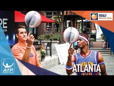 isner-learns-the-tricks-of-the-harlem-globetrotters-atlanta-2017
