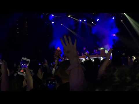 Umut Timur - Giderim+Oyna (Live-Innsbruck Konseri)