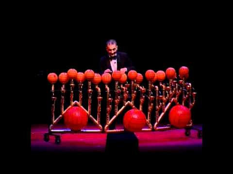 Rhapsody in Balls · Lutherapia · Les Luthiers