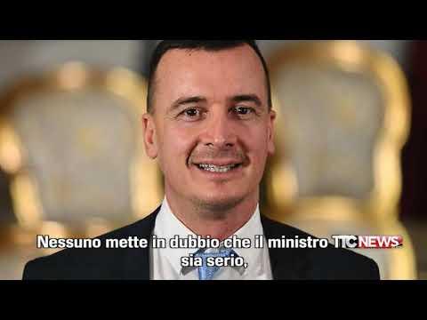 Il fatto di Luca Curatti - polemiche su Casalino - 24.09.2018  via @YouTube #Casalino #grandefratello #governo #movimentocinquestelle #governo #conte - UkusTom