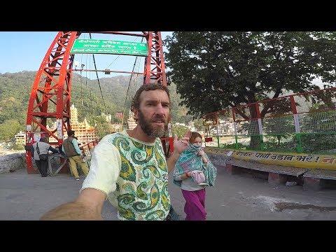 Rishikesh, India: Tour From My Hotel to the Laxman Jhula Bridge