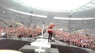 HollySiz - Stade de France [Live]