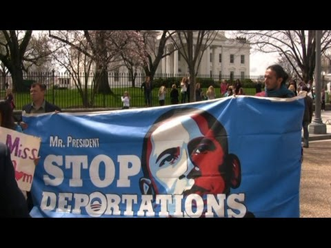 Hunger Strikers Demand President Obama Halt His Record 2 Million Deportations