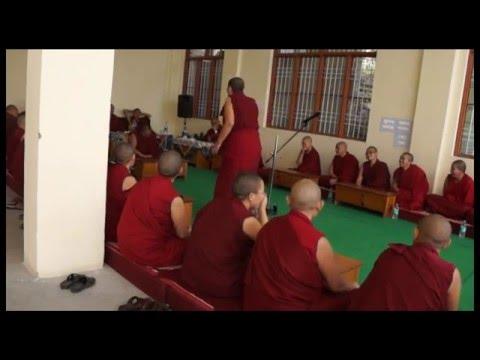 tibetan-buddhist-nuns-debate-during-their-fourth-year-geshema-exams