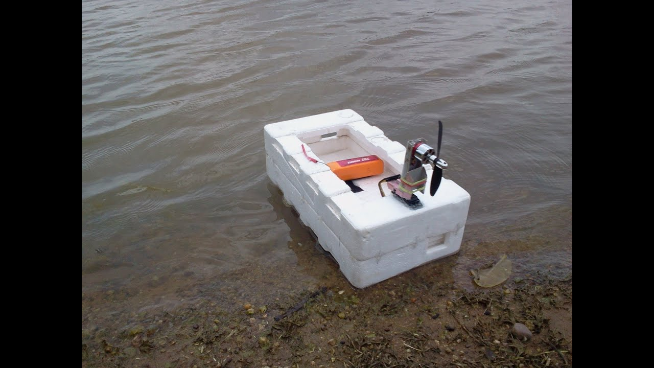 Home made rc boat youtube for Rc boat fishing