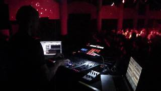 Chris Liebing @ Reload closing,05.06.2010.MP4