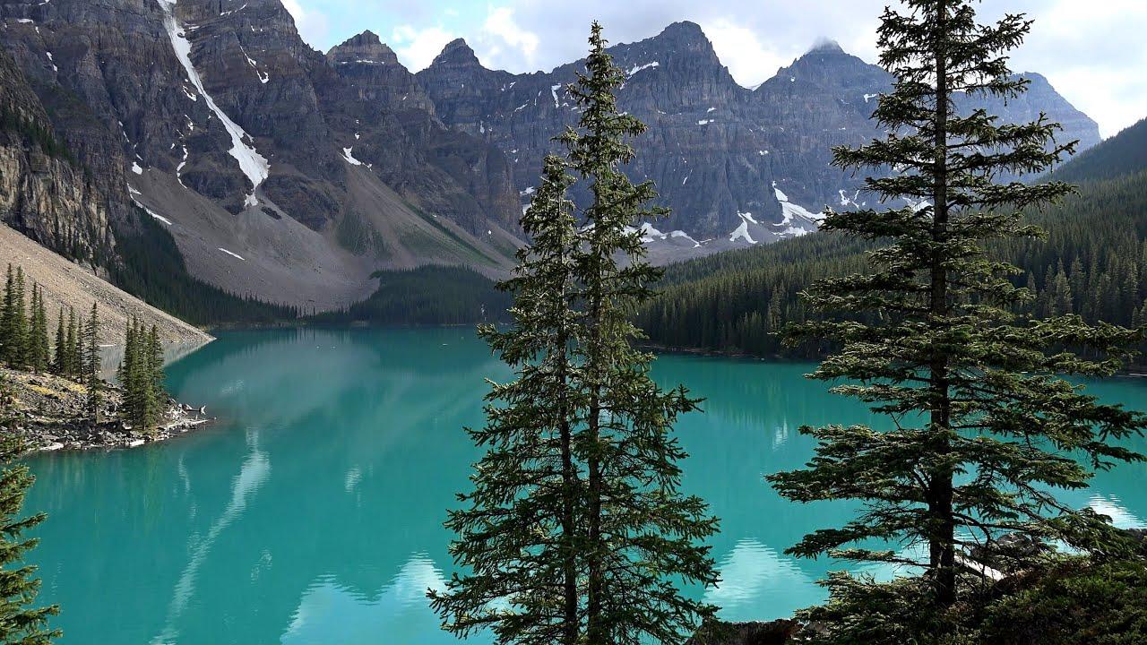 Moraine Lake Alberta Canada Hotel