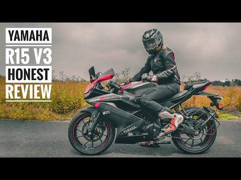 YAMAHA R15 V3 MotoGP Edition   Sticker   Akrapovic Exhaust