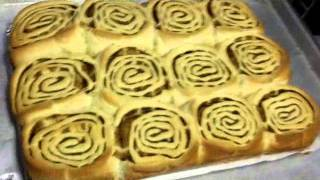 Cinnamon Rolls & Sticky Buns At The Old Fashioned Candy House.wmv