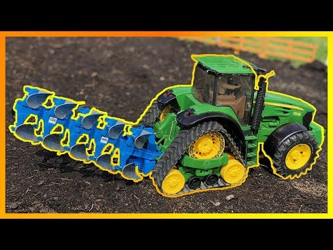 John Deere farming with plow - Action video with RC TOYS for kids