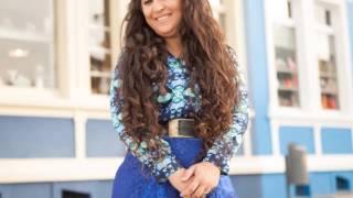 Luzia Costa-Quem Me Vê Cantando