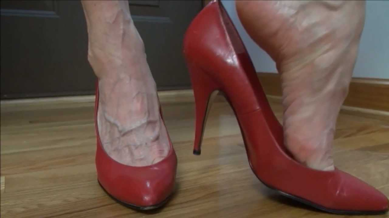 Squeaky Red Pumps Veiny Foot Tease