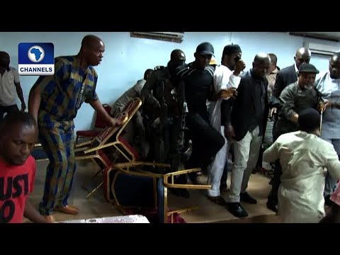 See Fight! The Moment Ngige Escaped Mob Attack At APC Congress In Awka (Watch Video)