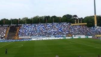 SV Darmstadt 98 - FC St. Pauli; AUFSTIEG ´s Aufstellung + Einlauf der Mannschaft