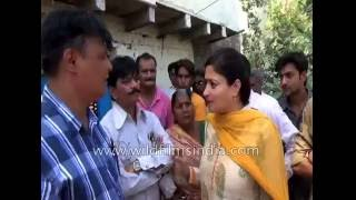 Indian politician Poonam falls into drain as slab collapses