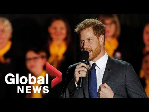 Prince Harry and Meghan Markle ly open the fourth Invictus Games at Sydney Opera House