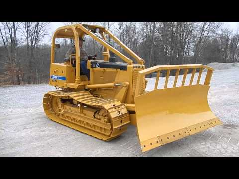 TD8H dresser dozer 2001 850 hours C&C Equipment 812-336-2894 - YouTube