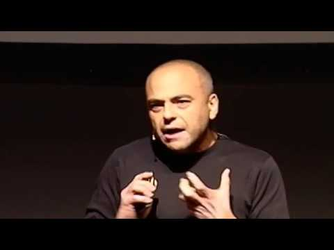 Esperanto, lengua para pensar mejor: David de Ugarte at TEDxMadrid