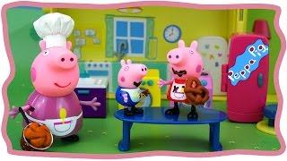 Кухня Свинки. Открываем и играем. Обзор игрушек на русском языке Kitchen Peppa Pig