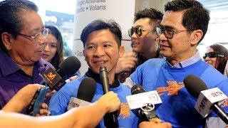 Nhạc sĩ Việt Khang đến bến bờ Tự Do