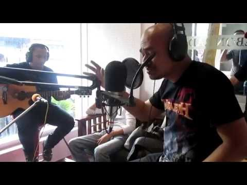 Husein - Dealova (Acoustic)