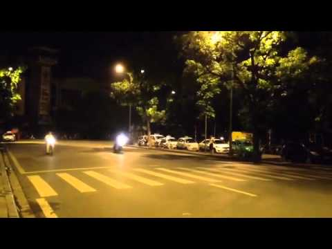 Chào mừng Euro 2012 - Đua vỉa Hồ Gươm .mp4