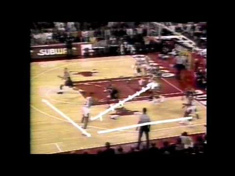 1992 - Talk Show - Know Bull with Phil Jackson - Tex Winter - Triangle Offense.mp4