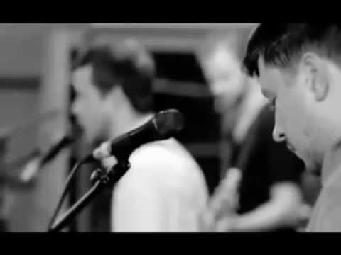 White Lies - Peace & Quiet (videoclip)