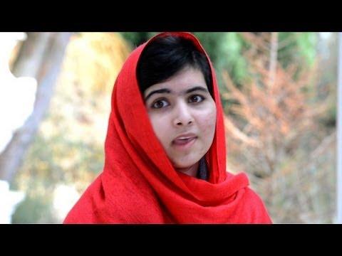 Angelina Jolie helps Malala Pakistan school fund