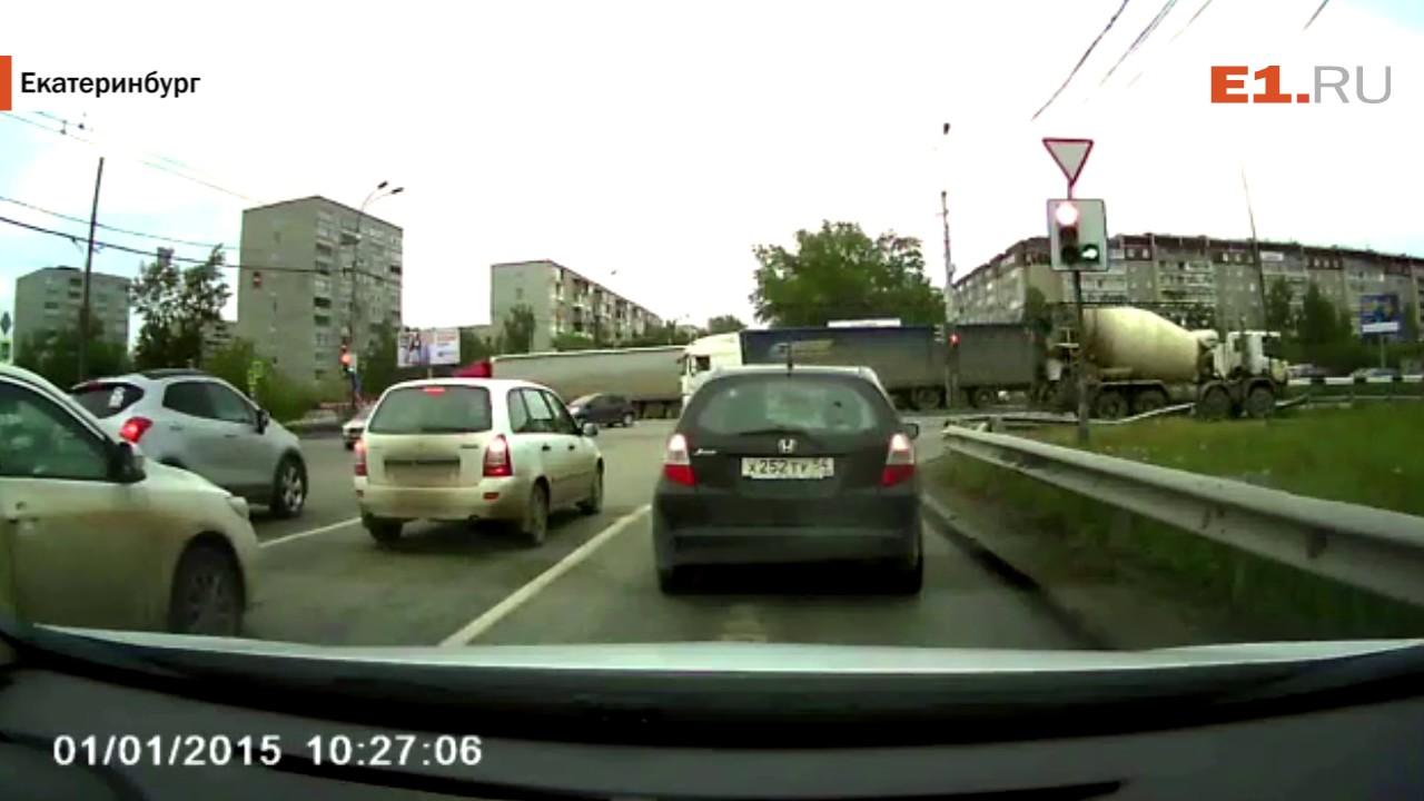 Перевёртыш на Объездной сняла камера видеорегистратора