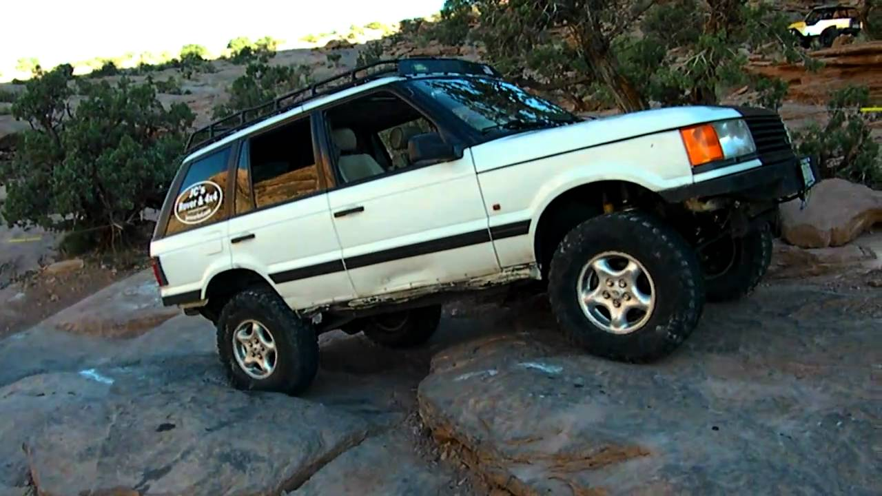 Range Rover Lifted >> P38 Range Rover on Moab Rim - YouTube