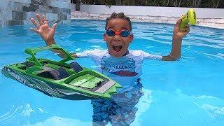 Surprise Water Boat for FamousTubeKIDS!