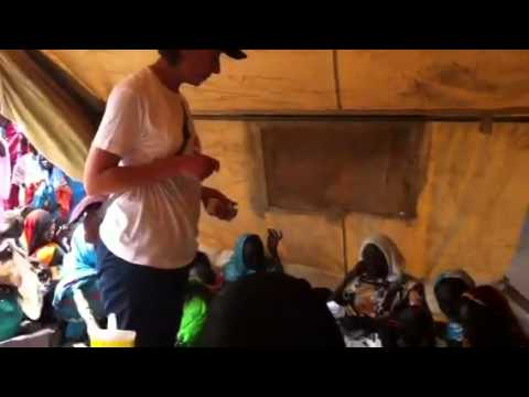 South Sudan: refugees wait for medical aid in temporary camp