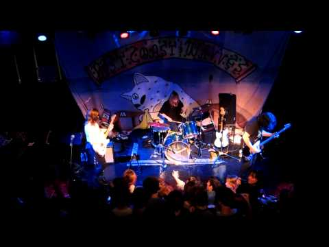 """Best Coast : """"Sunny Adventure"""" Live at Club Downunder in Tallahassee, FL"""
