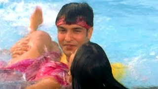 Karaamat Ho Gail (Bhojpuri Movie Video Song) - Akhiyaan Ladiye Gail