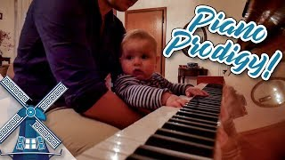 6-MONTH-OLD PRODIGY PLAYS PIANO LIKE MOZART! - LifeDoc 577
