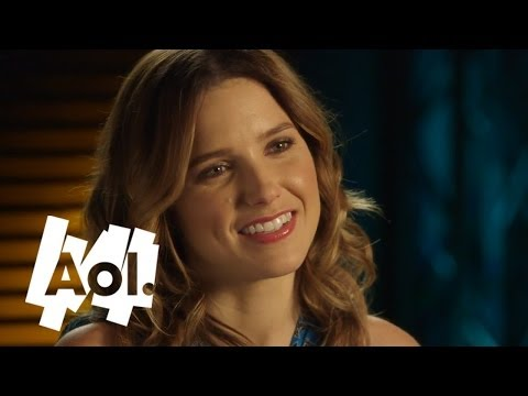 Sophia Bush On Fashion And Her Favorite Beauty Steals