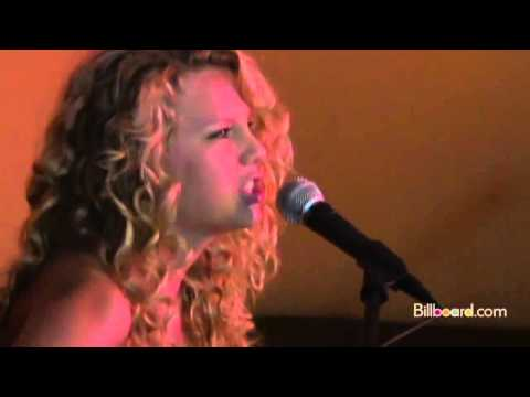 Taylor Swift - Picture To Burn (Original Version - Live) HD