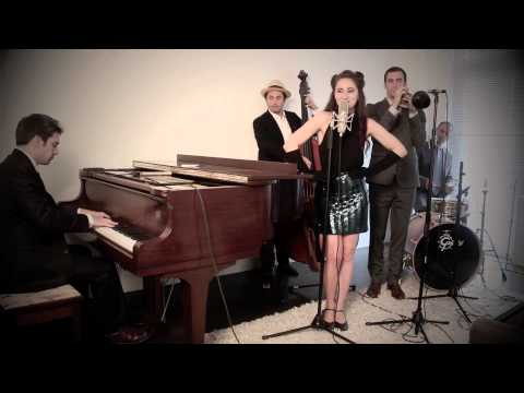 Come And Get It - Vintage 1940s Jazz Selena Gomez Cover feat. Robyn Adele Anderson